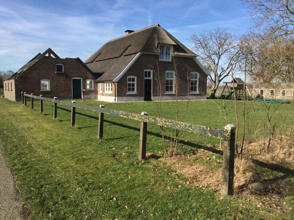 Boerderij- en patiotuin in buitengebied Bekveld/Hengelo (gld) 2019 - 2020